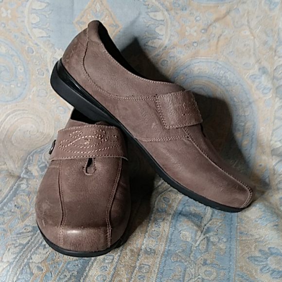 Abeo Aster Slip On Shoe With Premium